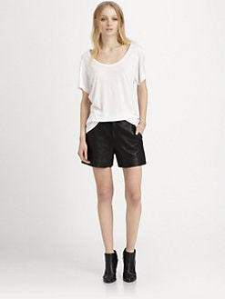 BLK DNM - Classic Scoopneck T-Shirt