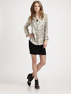 Equipment - Python-Print Signature Top