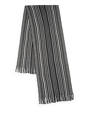 Abstract Chevron Patterned Knit Scarf