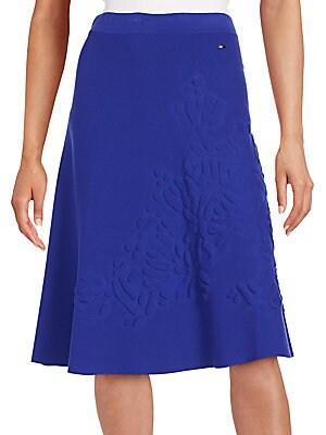 Embossed Flower Knit Skirt