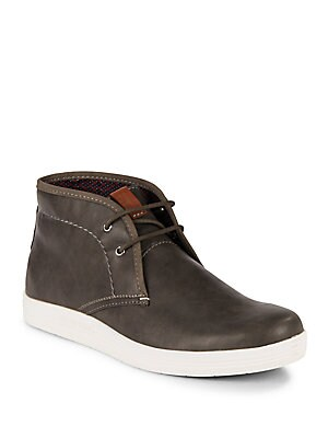 Round Toe Leather Chukka Boots