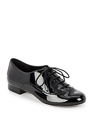 Glossy Lace-Up Shoe