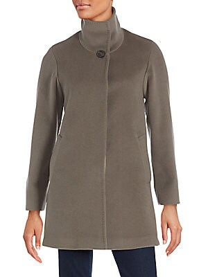 Virgin Wool Buttoned Coat