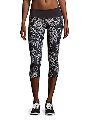 Printed Pull-On Capri Pants