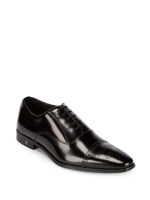 Medallion Toe Leather Oxfords Versace