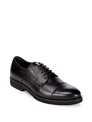 a testoni male leather cap toe derby shoes