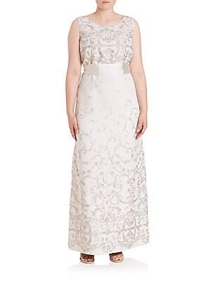 Elegante Diacono Sleeveless Gown