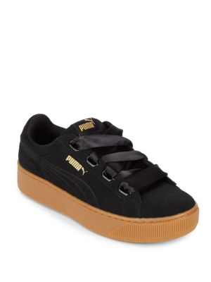 Vikky Low Top Leather Sneakers PUMA