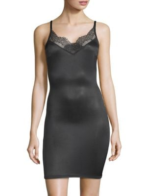 Lace Forming Dress