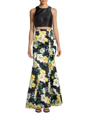 Cropped Top and Skirt Set by Xscape