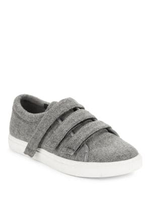 Kingvel Textured Sneakers by Kenneth Cole New York