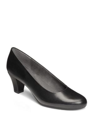 Shore Thing Leather Pumps by Aerosoles