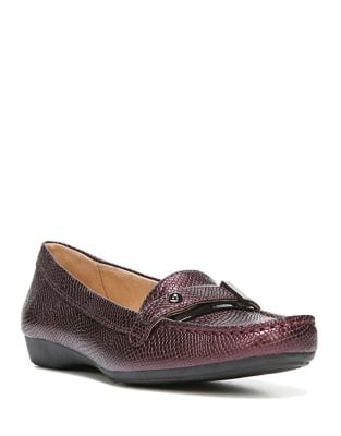 Gisella Textured Loafers