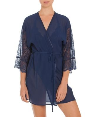 In Bloom LACE MESH WRAP