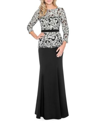 Scalloped Lace Floor-Length Dress by Decode 1.8