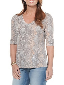 Cupio Womens All Over Sketched Star Print Top