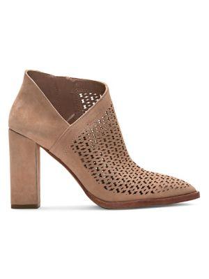 4c8810fa63e4c Women - Women s Shoes - Boots - thebay.com