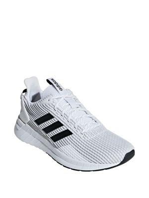 12e8c2159829 Photo du produit. COUP D OEIL. Adidas. Chaussures ...