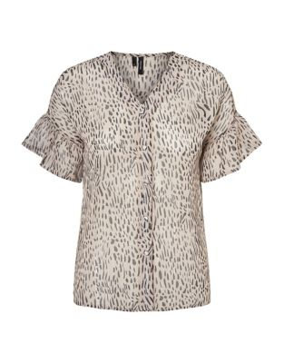 cdcc69ae556cb Smila Printed Short Sleeve Blouse CREAM TAN. Product image