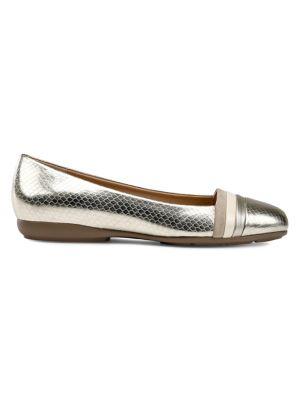 0b5039d84fa Women - Women s Shoes - Flats - thebay.com