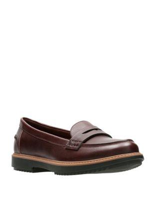 Femme - Chaussures femme - Flâneurs et richelieus - labaie.com 022b49fc532b