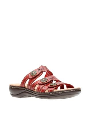 8024d9075393 Women - Women s Shoes - Sandals - Flat Sandals - thebay.com
