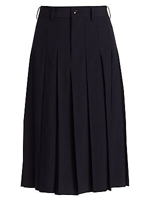Image of Effortlessly elegant, these high-rise box pleated culottes give the appearance of a full skirt. Crafted in luxe wool, they are sure to become a wardrobe staple that transitions seamlessly between seasons. Belt loops Zip fly Pleated finish Wool Dry clean M