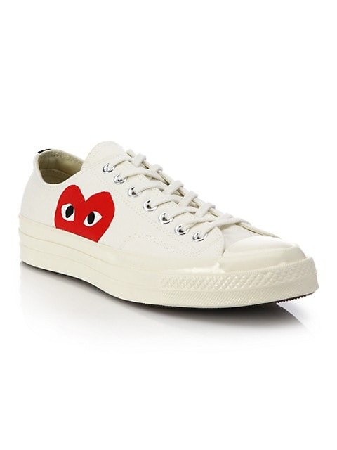 neumático Rey Lear capoc  Comme des Garcons Play Peek-A-Boo Low-Top Canvas Sneakers | SaksFifthAvenue
