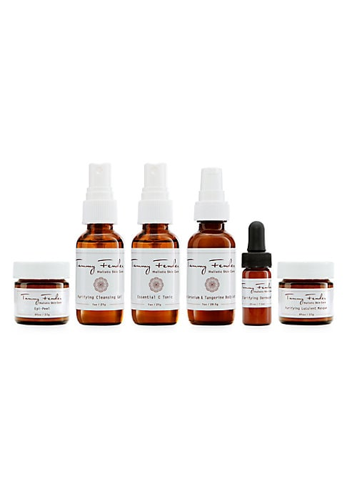 Image of Deep Replenishment. Bright Rejuvenation. Experience the exquisite healing of holistic beauty no matter where you are. Tammy Fender is committed to helping clients experience beauty and wellness that shines from within. Featuring carefully selected formula