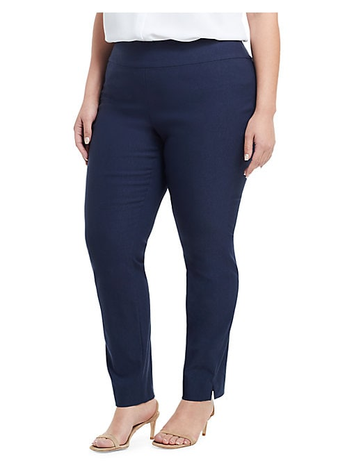 Image of This straight leg pant from Nic + Zoe comes in a flattering and cozy stretch fabric, making it an obvious must-have for Fall. Offered in a variety of colors, the Wonder Stretch Pant pairs perfectly with oversized knits and longer cardigans. Elastic waistb