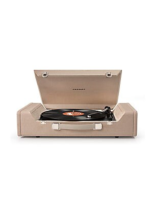 Image of Enjoy your favorite vintage music with this turntable, that can be interfaced with USB port on any computer by using the supplied software. Featuring hi tech ABS construction with belt driven turntable mechanism, this turntable has diamond stylus needle a