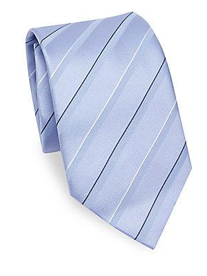 "Image of Classic stripe tie in luxurious silk Silk 3.5"" Made in Italy. Men Luxury Coll - Armani Neckwear. Emporio Armani. Color: Soft Blue."