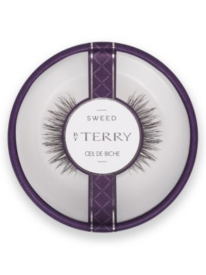 Image of Oeil de Biche is the perfect lash if you are looking for a more plump effect. This style is a true favorite and suits day and night use. It is definitely a must have in your lash wardrobe. Imported.