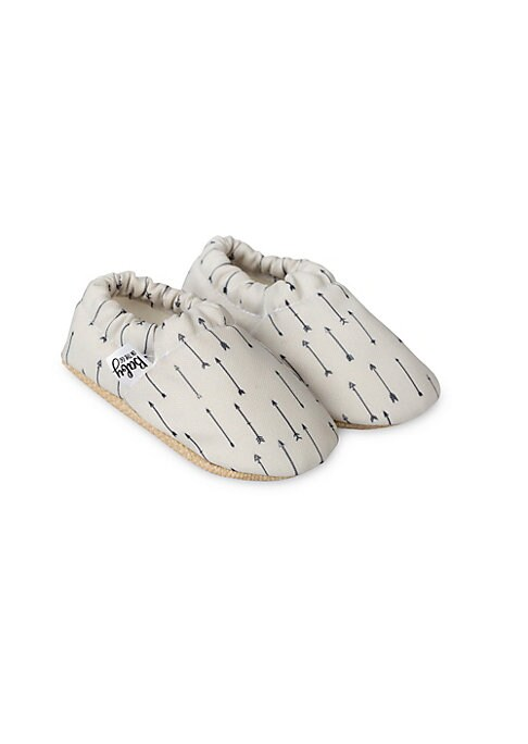 Image of Comfortable moccasins with multiple arrow print. Polyester upper. Round toe. Slip-on style. Polyester lining. Polyurethane sole. Imported.