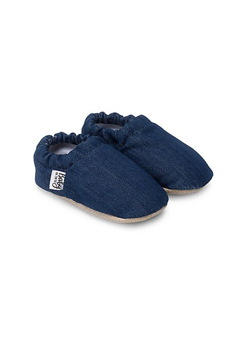 Image of Comfortable moccasins finished in a denim texture. Slip-on style. Polyester upper. Polyester lining. Polyurethane sole. Imported.