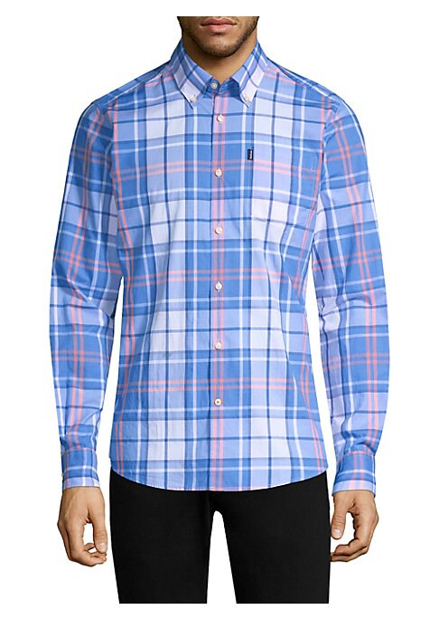 Image of From the Men's Essentials Collection. Classic cotton button-down shirt with checkered pattern. Button-down collar. Long sleeves. Buttoned cuffs. Button front. Chest patch pocket.50 singles soft finish. Oxford weave. Signature flag label on chest pocket. A
