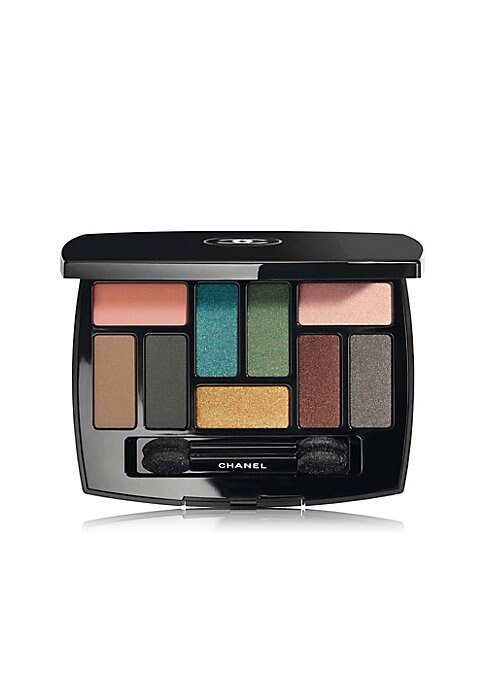 Image of This limited-edition palette created by Lucia Pica is inspired by the frescoes of Pompeii and features nine longwearing shades in a combination of bold colours and neutral tones, with matte to satin powder finishes. 0.22 oz. Made in Italy. COMPOSITION: Th