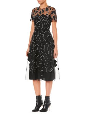 CAROLINA HERRERA Jewel-Neck Short-Sleeve Leopard-Embroidered Cocktail Dress in Black