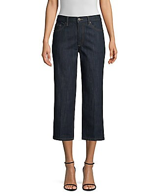 Image of The perfect cropped jean with a tapered fit and crisp contrasting stitching. A breathable cotton weave make these jeans comfortable as well as stylish. Belt loops Five pocket style Zip fly with button closure Back logo patch Denim finish Cotton Machine wa