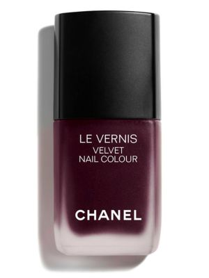 Chanel Velvet Nail Color