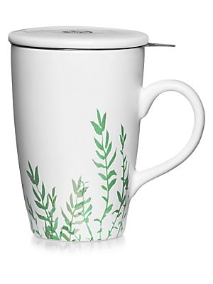 Image of La Tisanièreis the essential accessory to prepare the most delicate herbal infusion. It consists of a beautiful mug inside which fits a large-sized filter designed to infuse the perfect amount of loose tea leaves. The porcelain lid will keep your infusion