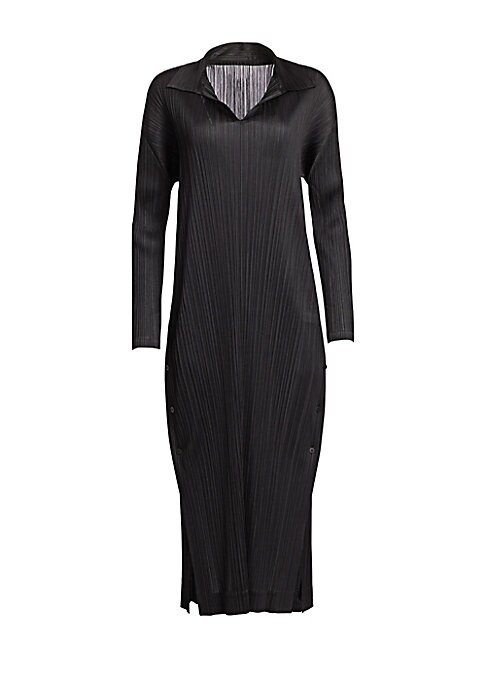 Image of An update on the classic collared shirtdress, this streamlined midi shift iteration is finished with a lightweight garment-pleated construction. Its modern vented hem and V-neck styling make it an effortless, easy-to-wear look.V-neck. Spread collar. Long