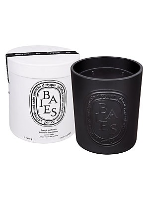 Image of Diptyque teamed up with Virebent, a well-known porcelain manufacturer established in 1924, to make its indoor and outdoor scented candle. It chose earthenware for its rustic touch and hand-crafted look, and because it embodies and brings to life the brand