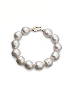Chanel necklace of the Case preston pearl