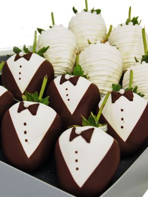 Formal Chocolate-Covered Strawberries