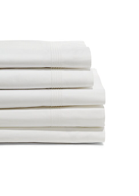 """Image of 400 thread count bedding essential crafted of fine Egyptian cotton. .Queen: 90""""W X 108""""H.King: 108""""W X 116""""H.Egyptian cotton. Machine wash. Made in UK."""