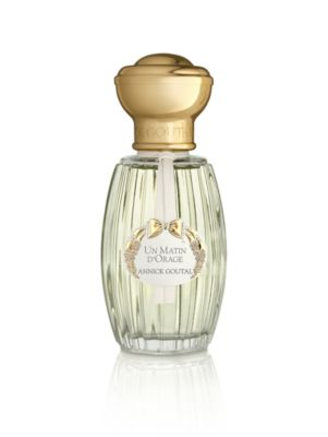 Image of A luminous perfume evoking the scent of a gardenia in a Japanese garden, shrouded in the midst of a stormy morning. The scent of white flowers, combining the freshness of green shiso and the captivating notes of jasmine. Not tested on animals. Made in Fra
