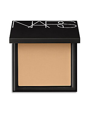 Image of Powder foundation innovation perfected for lasting luminosity All-Day Luminous Powder Foundation smoothes and veils skin in lightweight luminous coverage that lasts for hours. Silky and ultrafine to the touch, it maintains color, even in hot and humid con