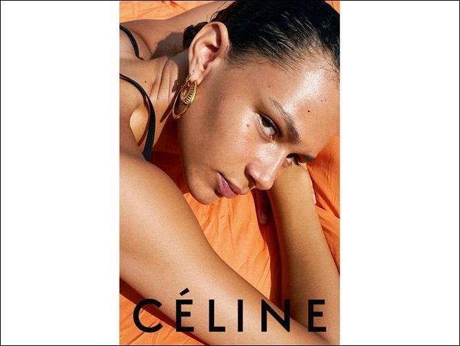 6d5243553492 Céline