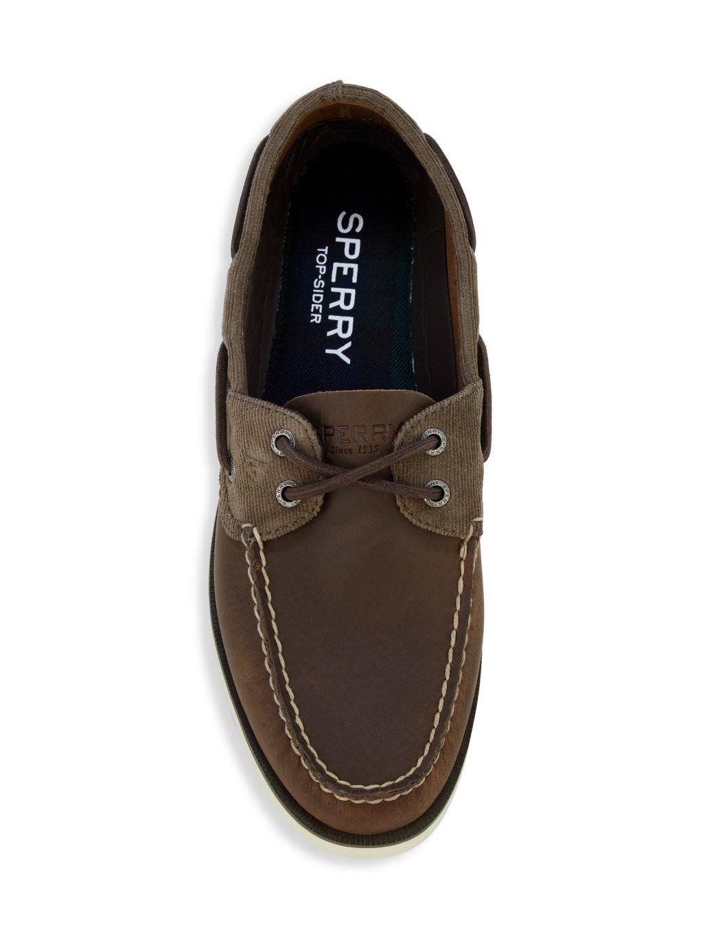 Sperry Leeward 2-Eye Leather Boat Shoes
